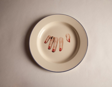 16836-tp-seletti-piatto-mano